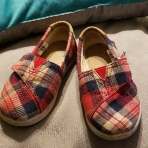 Tom's plaid flannel slip on shoes size 8 toddler